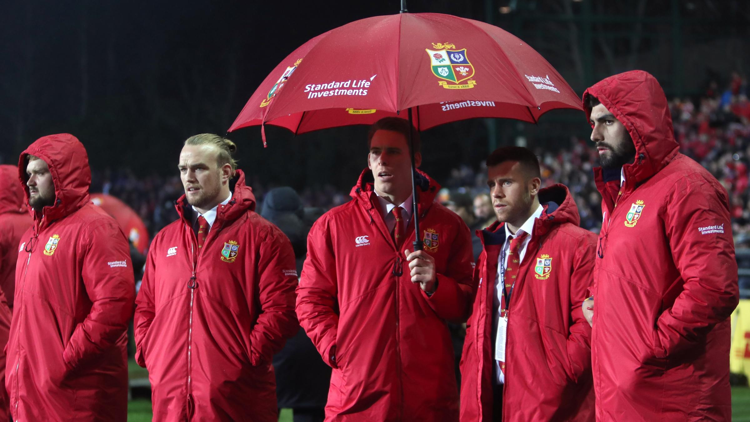 Gatland drafts in reserves for Lions; Donald to lead Chiefs